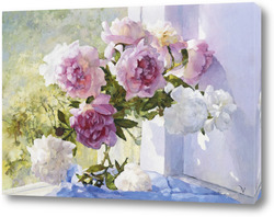 Картина Розовые пионы у окна